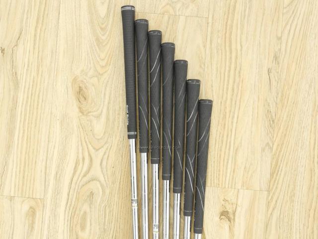 Iron set : Tourstage : ชุดเหล็ก Tourstage PHYZ (ซีรี่ย์ท๊อป ใบใหญ่ ตีง่าย ไกล) มีเหล็ก 5-Pw,Aw (7 ชิ้น) ก้านเหล็ก NS Pro 900 Flex S