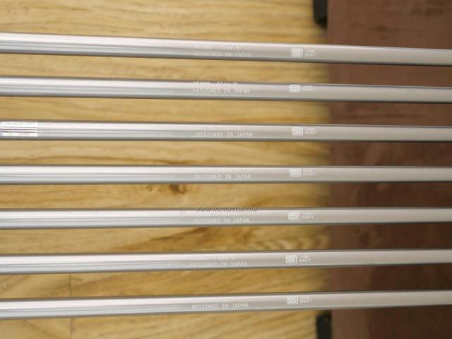 Iron set : Other Brand : ชุดเหล็ก Quelot Aerial (ใบใหญ่ ตีง่าย ไกล) มีเหล็ก 6-Pw,Aw,Sw (7 ชิ้น) ก้านกราไฟต์ Flex R