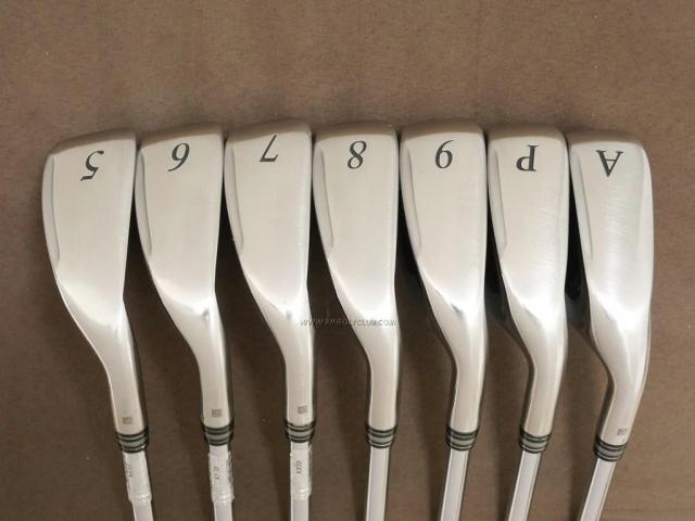 Iron set : XXIO : ชุดเหล็ก XXIO Cross (รุ่นล่าสุด ออกปี 2019 ตีไกลที่สุดของที่สุดจาก XXIO หน้าเด้งสุดๆ) มีเหล็ก 5-Pw,Aw (7 ชิ้น ตีไกลกว่าปกติ 2 เบอร์) ก้านเหล็ก NS Pro 870 DST Flex R