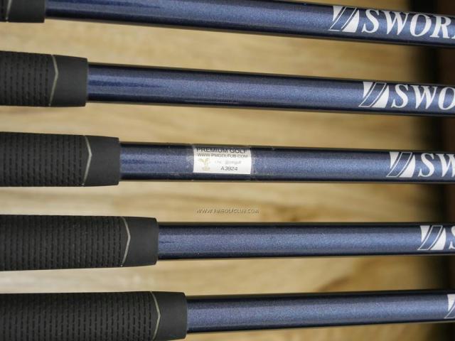 Iron set : Katana : ชุดเหล็ก Katana Sword KT-700 มีเหล็ก 5-Pw,Aw,Sw (8 ชิ้น) ก้านกราไฟต์ Flex SR